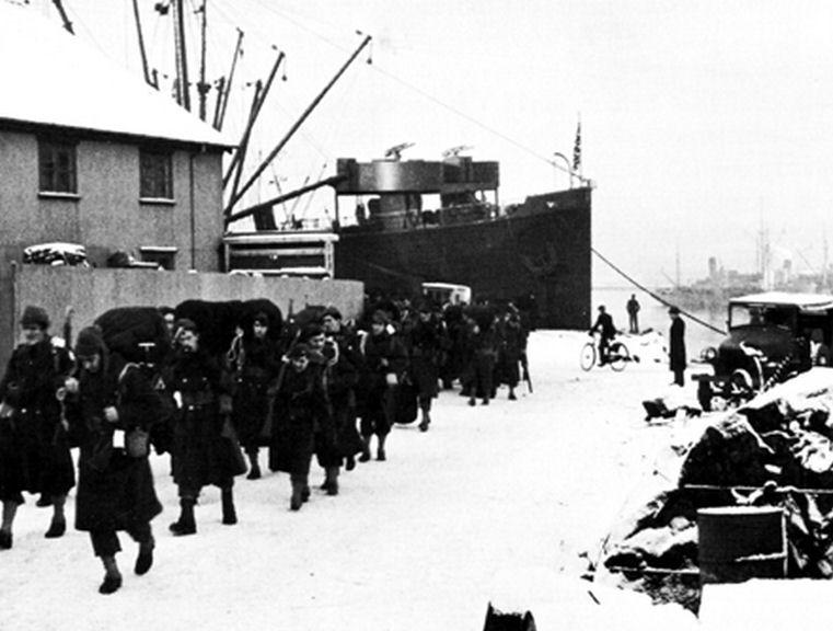 US troops disembark in Reykjavik, Iceland [Public domain, wiki]