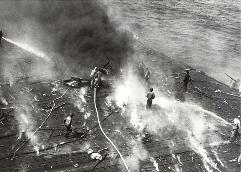 Flight deck of the USS Yorktown during the Battle of Midway, 4 June 1942 [Public domain, wiki]