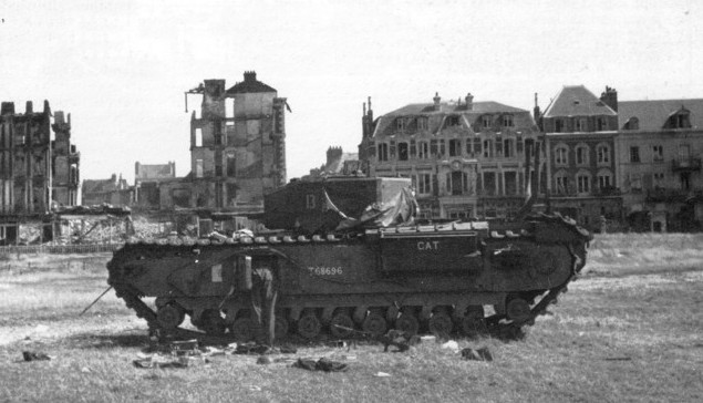 Knocked-out Churchill tank on the beach at Dieppe, France, 19 August 1942 [Public domain, wiki]