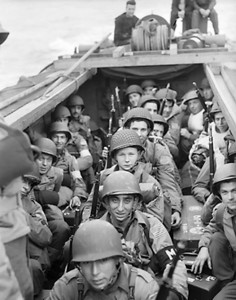 American troops about to land at Oran as part of Operation Torch [Public domain, wiki]