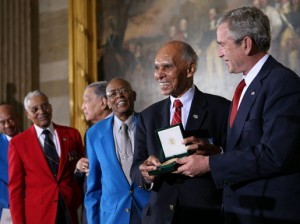 Tuskegee Airmen receive Congressional gold medals from US President George W. Bush, Washington DC, 2007 [Public domain]