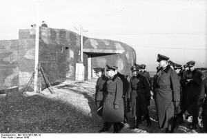 Field marshal Rommel (centre) inspects a bunker on the Atlantic Wall, France [Bundesarchiv, Bild 101l-295-1596-10/ Kurth/CC-BY-SA